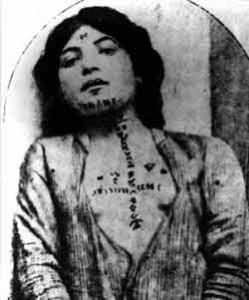 Mulher armênia exposta à venda como escrava. (Foto: domínio público/Wikimedia)