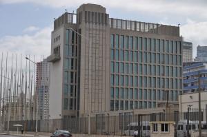 Seção de interesses norte-americanos em Cuba, agora oficialmente uma embaixada. Foto: Escla/Wikimedia.