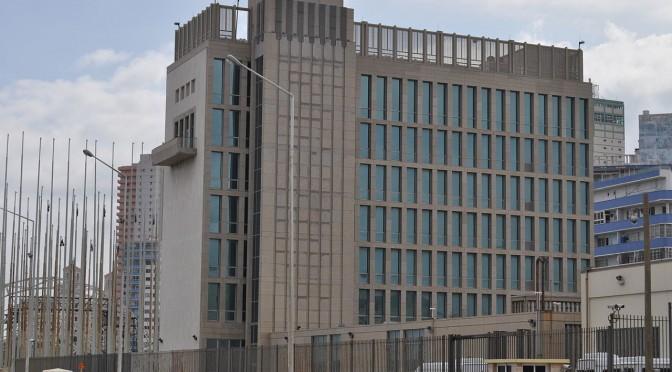 EUA e Cuba reabrem embaixadas