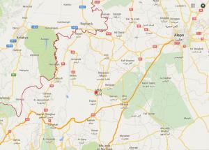 Mapa da região onde a Turquia derrubou o avião militar russo. Em vermelho, a fronteira turco-síria. A cidade de Idlib em cujas cercanias o avião caiu, fica a cerca de 25Km da Turquia. Fonte: Google Maps.