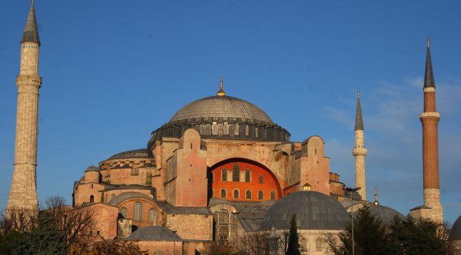 Hagia Sofia se torna mesquita