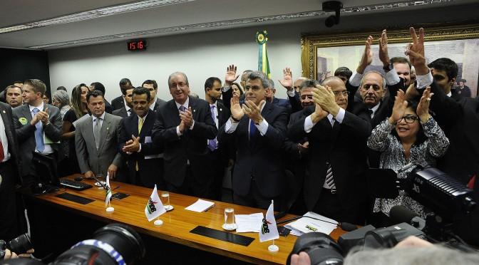 PMDB sai do governo: e agora, Temer?